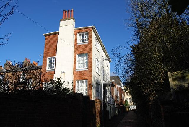 Cumberland House, Cumberland Gardens