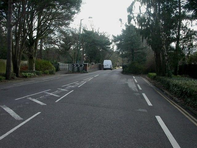 Bournemouth, Glenferness Avenue bridge