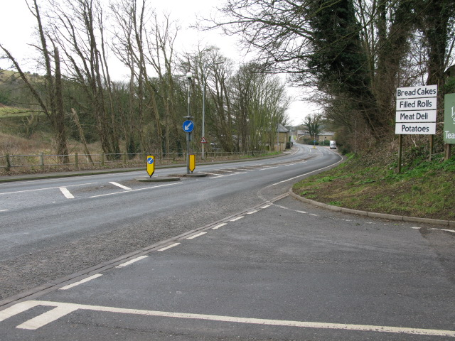 Folkestone Road from junction with Little Farthingloe
