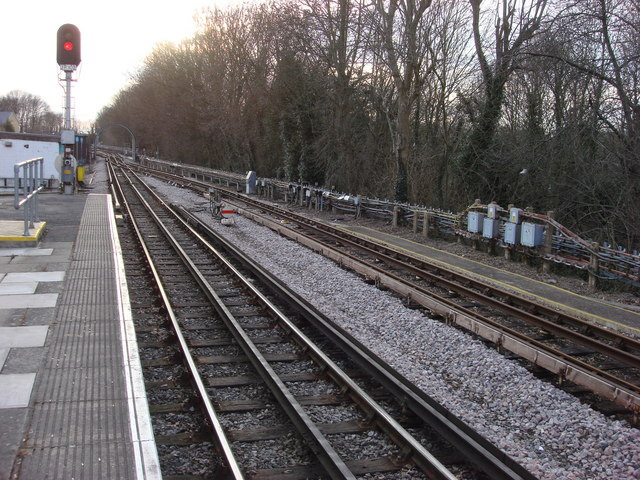 Railway line to the southwest of Watford tube station