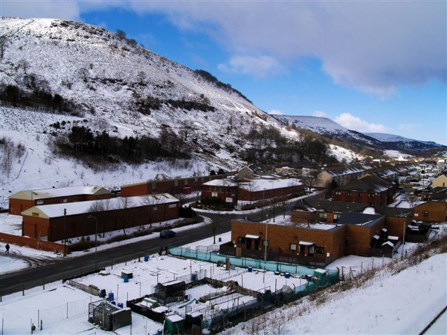 Cwm in the snow