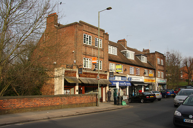 Shops on Totteridge Lane