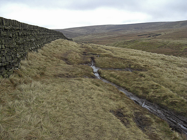 Bronte Way above Saucer Hill Clough