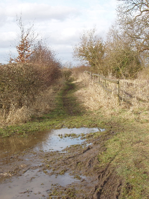 """Other route with public access"" to Waterperry Common"