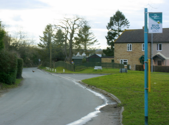 2009 : Bus Stop at Heddington