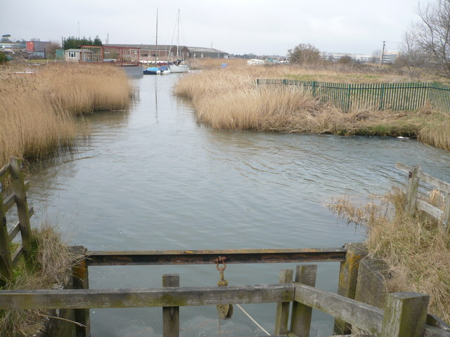 The edge of Sandwich Marina viewed from the sluice