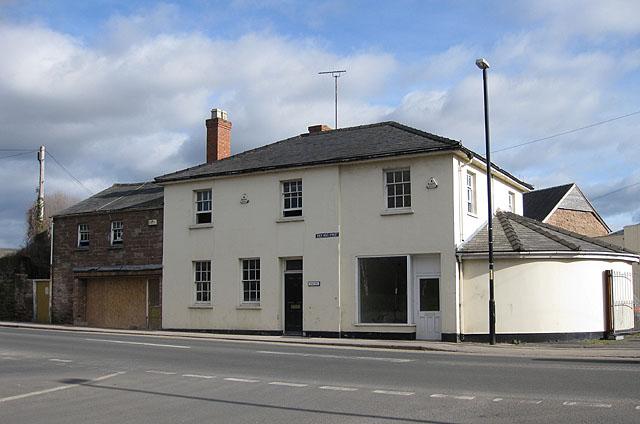 Bridge House, Over Ross Street