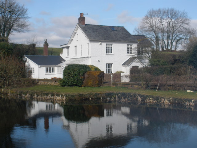 Canalside cottage, near Halberton