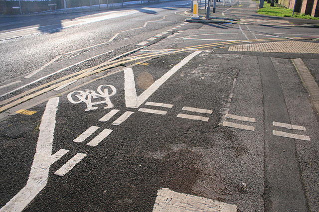 Complex Cycle Lane Markings