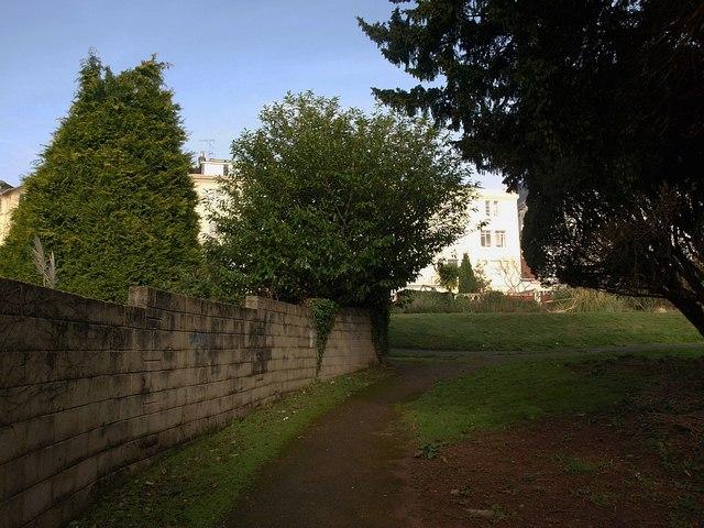 Path around Torquay Lawn Tennis Club