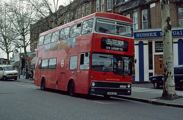 Kew Gardens Bus Terminus
