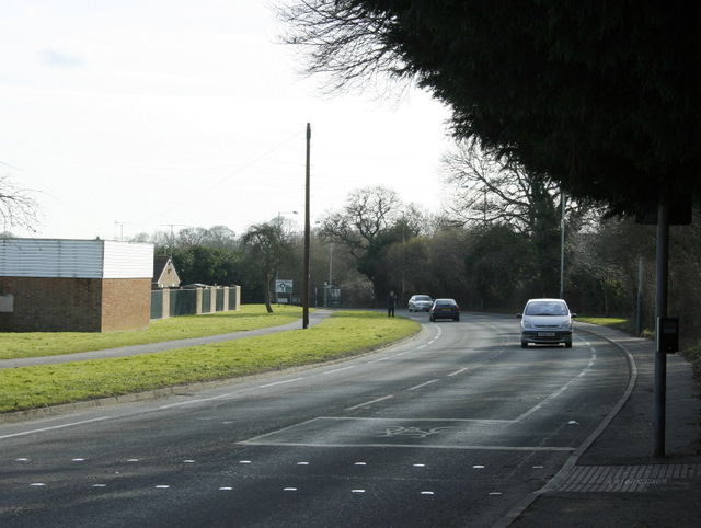 2009 : Looking south on Hungerdown Lane, Chippenham