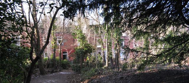 Houses on Ellen's Glen Loan