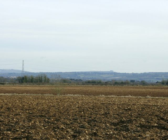 2009 : Ploughed field and view from Chippenham Lane