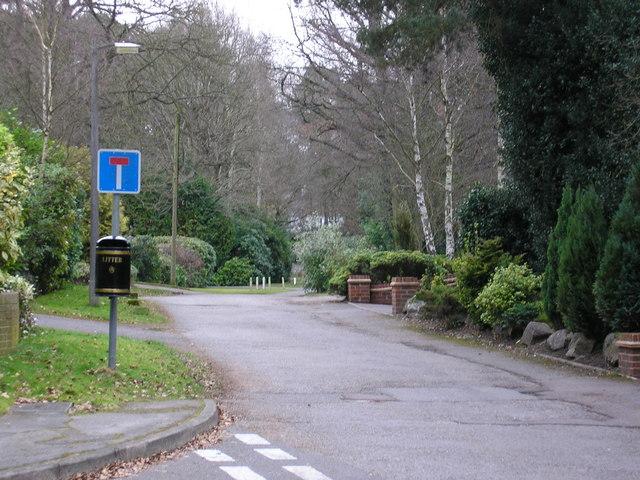 Thibet Road, Sandhurst