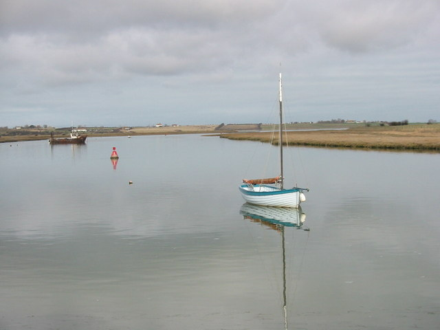 At anchor at the Shipwrights Arms, Oare