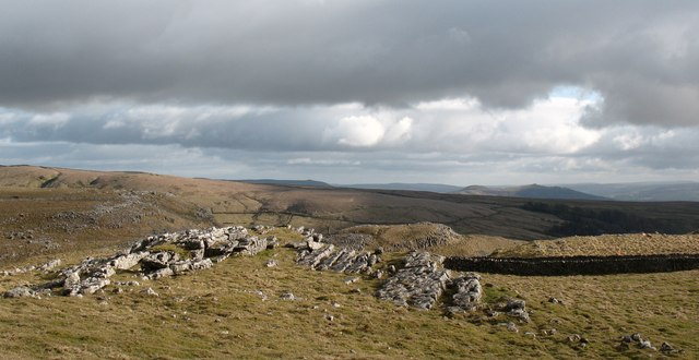 Rock outcrop, Malham Lings
