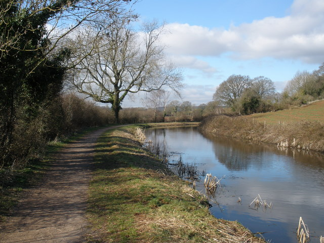 A lovely winter's day on the canal