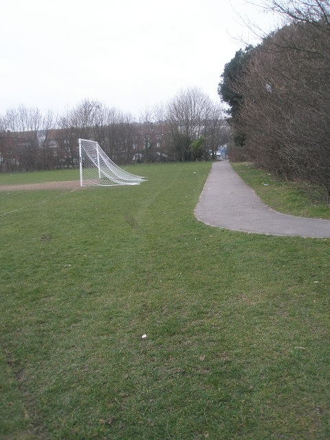 Path from Paulsgrove F.C running past St Paul's RC primary School and up to Bourne Road