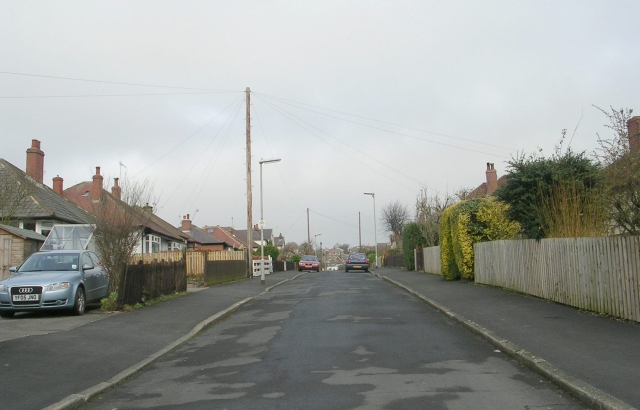 Harecroft Road - Farnley Lane