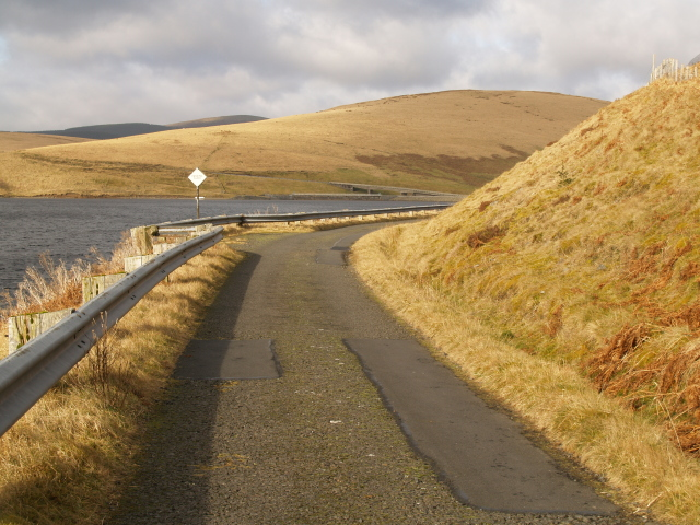 Reservoir Road, Fruid
