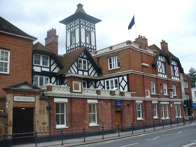 St James Independent School