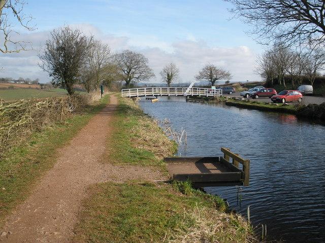 Footbridge, Tiverton Road