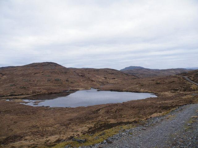 Hydro Track passing Loch na Feannaig