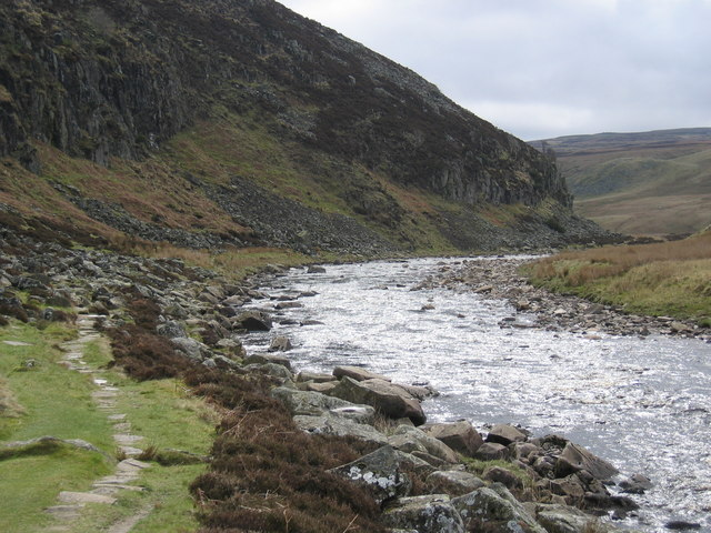 The Pennine Way and River Tees at Falcon Clints