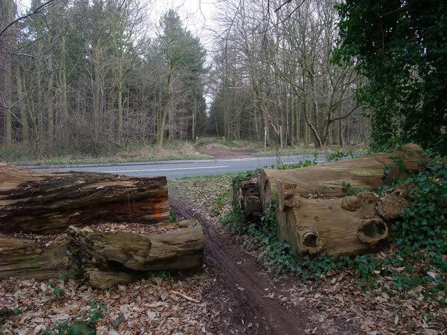 Robin Hood Way crossing the B6034