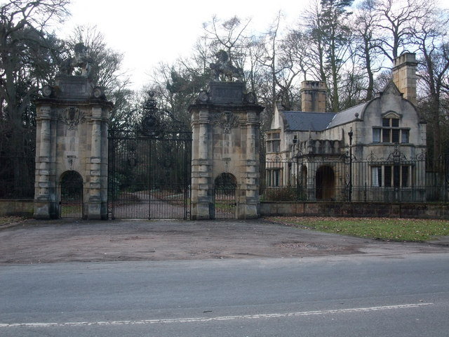 Gates to Welbeck Abbey
