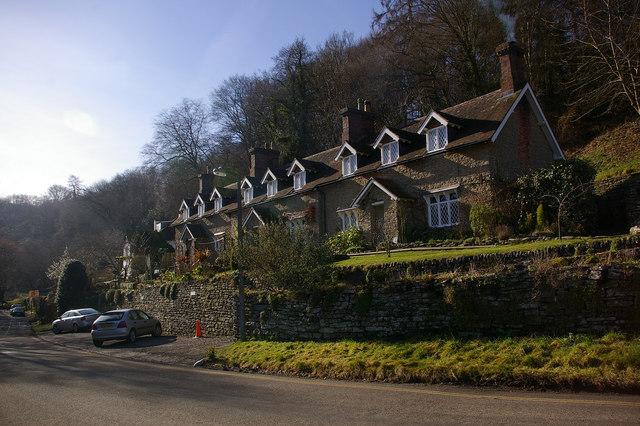 Clive Cottages