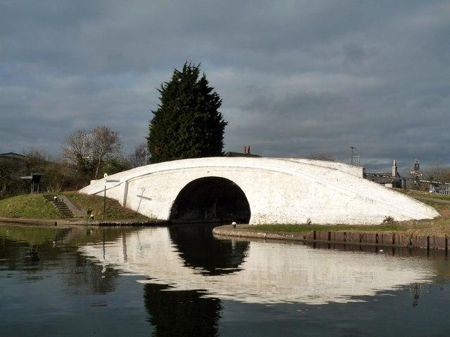 Bulls Bridge, Grand Union Canal