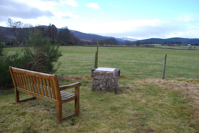 Bench and Viewpoint, Finzean Community Woods