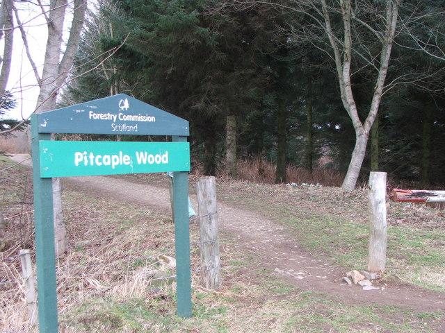 Entrance to Pitcaple Woods