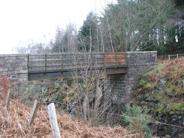 Pedestrian Railway Bridge at Pitcaple Woods