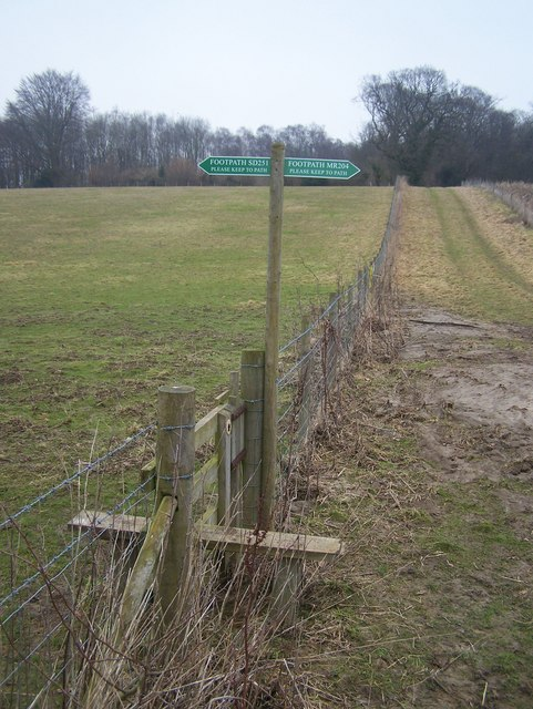 Fence boundary between two Parishes.