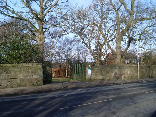 Haggs Road entrance to Pollok Country Park