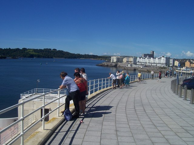 Plymouth : Hoe Road Pavement