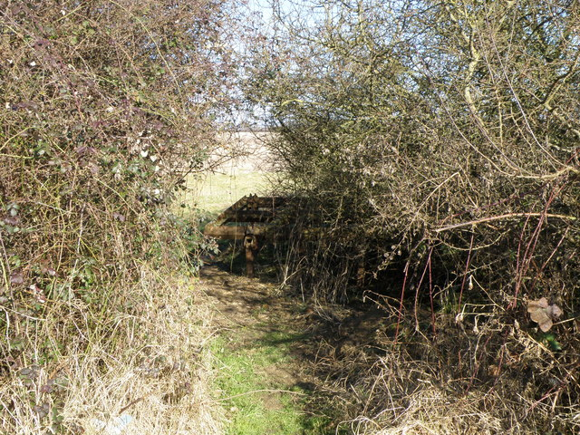 Footpath Access near Slipton