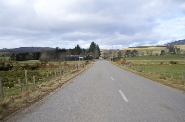 Approaching Sundayswells junction