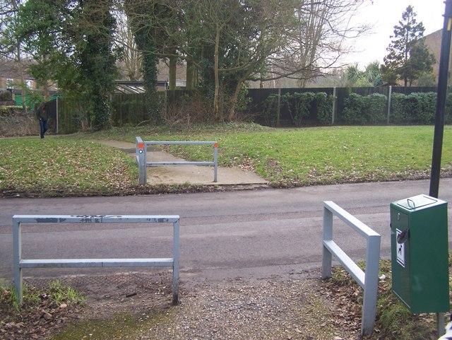 Footpath crosses Northash Road