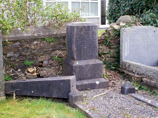 Bethania Chapel, Whitland - damaged gravestone
