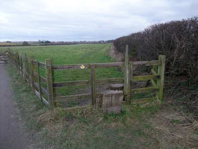 Stile on footpath towards Worksop