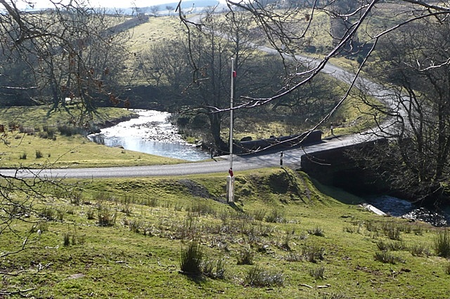 Road crossing Nant Bran