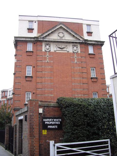 End block on Samuel Lewis Trust Estate