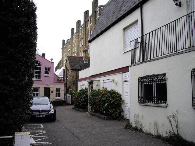 Kimbolton Row
