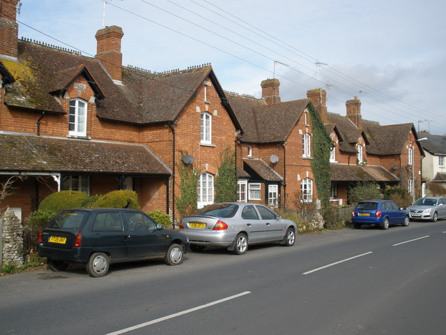 Rolle Cottages, Knowle