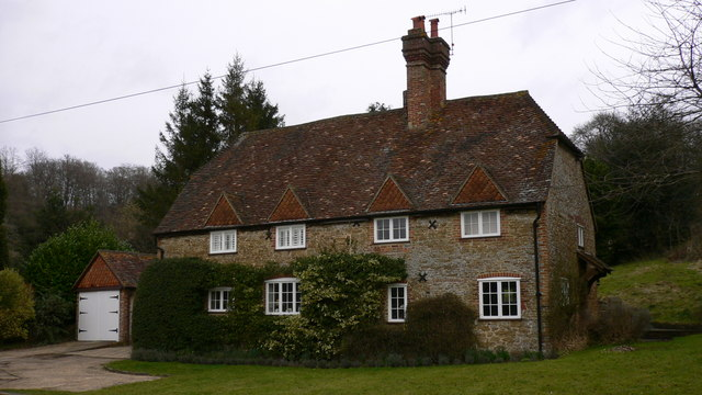"""Matthews Place"" at Hascombe"