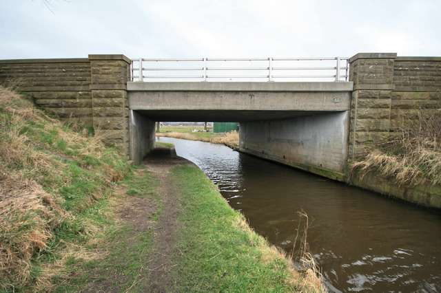 A6 Crosses the Lancaster Canal